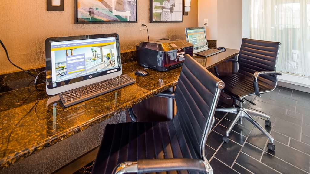 Best Western Westminster Hotel - Business Center