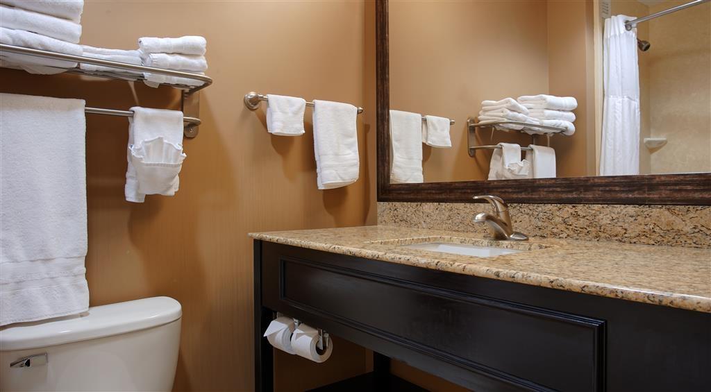 Best Western Plus College Park Hotel - Salle de bains