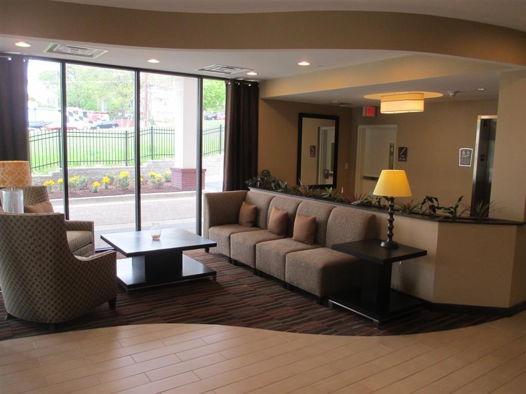 Best Western Plus College Park Hotel - Hall