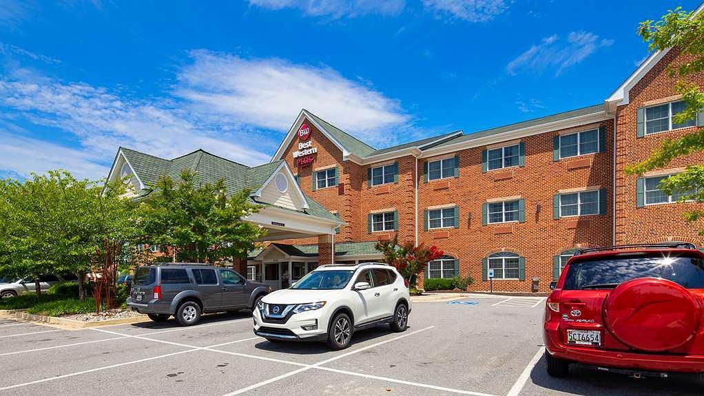 Best Western Plus Easton Inn & Suites - Vista exterior