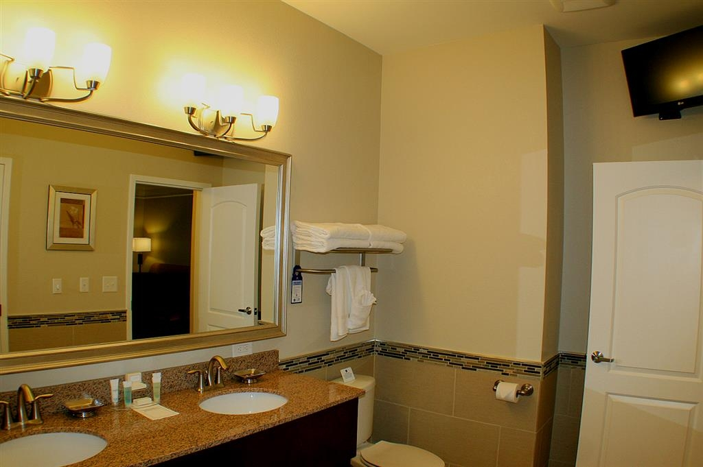 Best Western Plus Easton Inn & Suites - Badezimmer