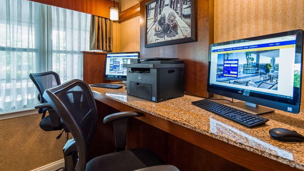 Best Western Plus Easton Inn & Suites - affari-centro