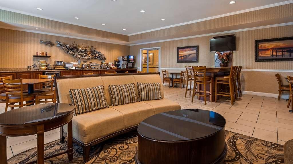 Best Western Plus Easton Inn & Suites - Hall