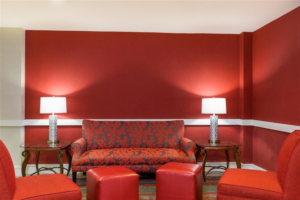 Best Western Plus BWI Airport North Inn & Suites - Hall