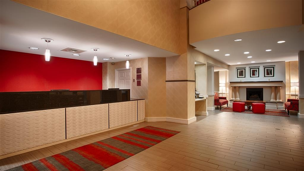 Best Western Plus BWI Airport North Inn & Suites - reception