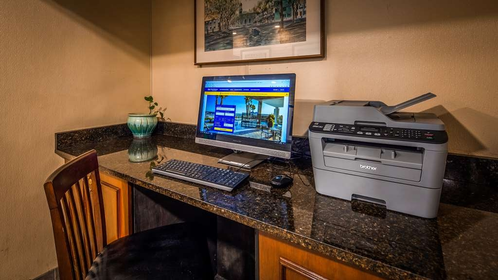 Best Western Adams Inn Quincy-Boston - Business Center