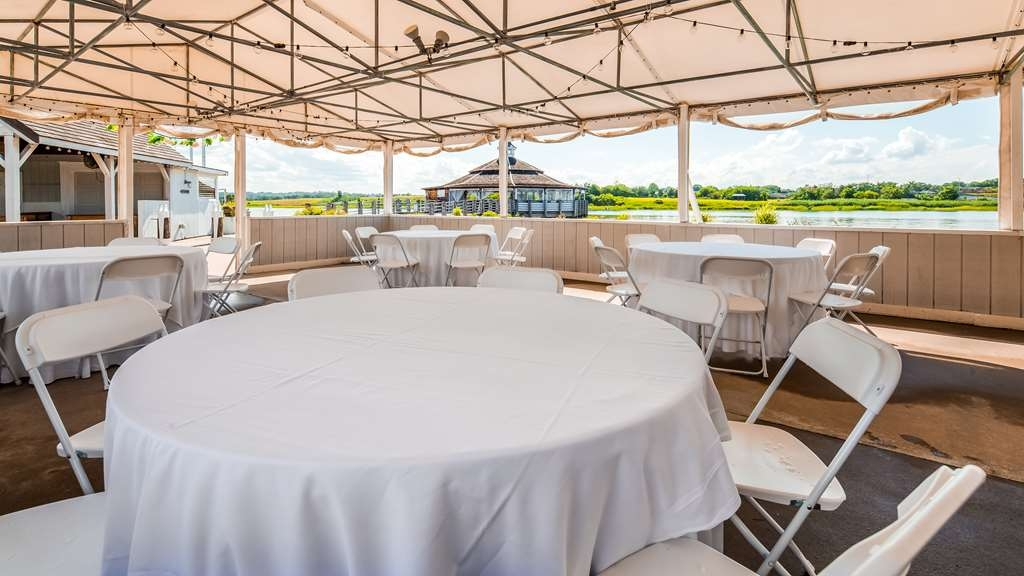 Best Western Adams Inn Quincy-Boston - Wedding Tent