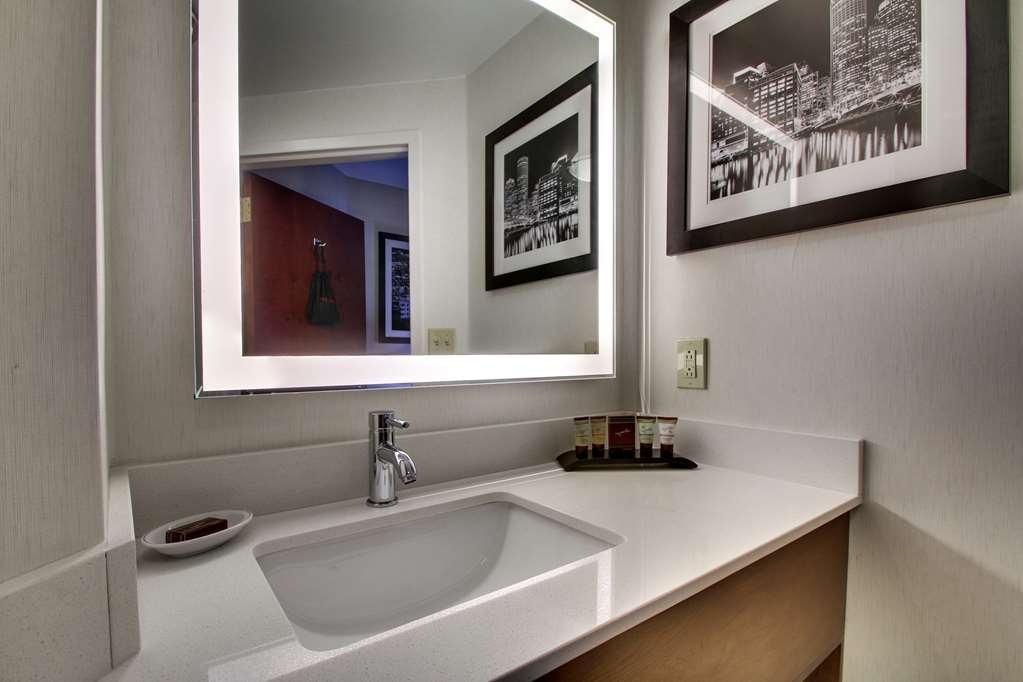 Best Western Plus Boston Hotel - equipamiento de propiedad