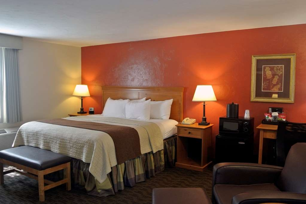 Best Western Plus Cold Spring - Our spacious king guest room has all the comforts of home at your fingertips.