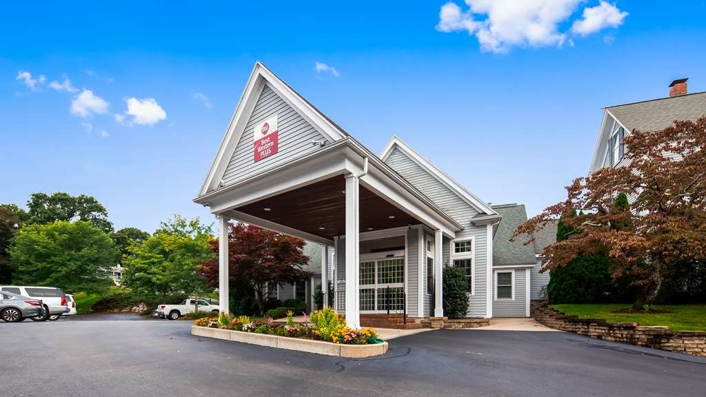 Best Western Plus Cold Spring - Exterior