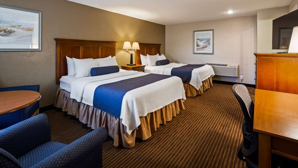 Best Western Plus Cold Spring - Guest Room