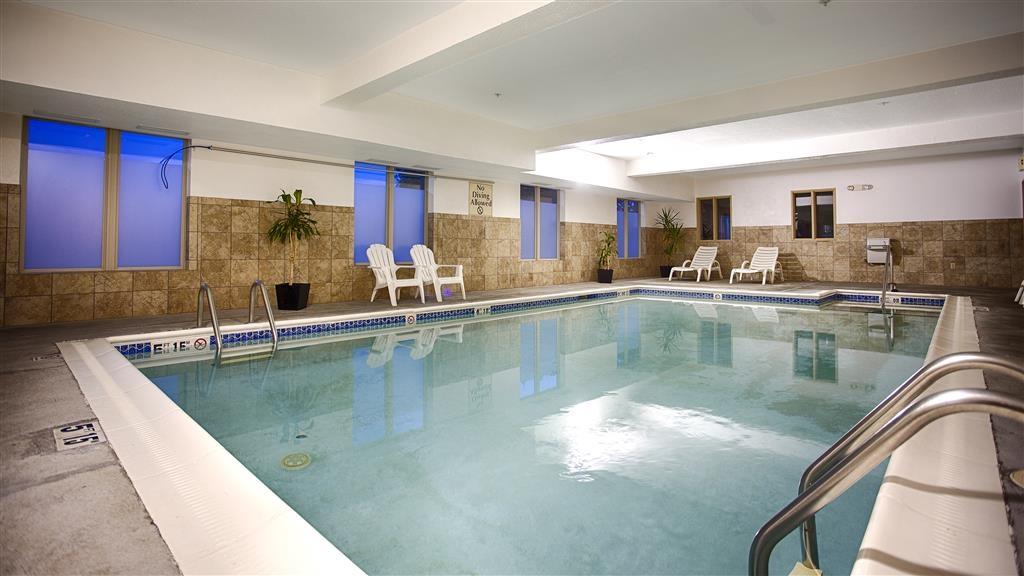 Best Western Providence-Seekonk Inn - piscina coperta