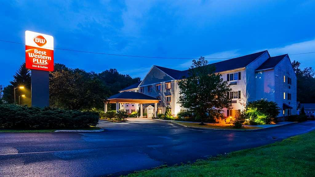 Best Western Plus Berkshire Hills Inn & Suites - Vista exterior