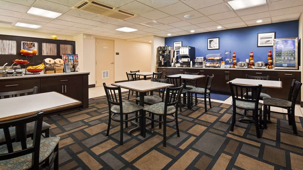 Best Western Plus Berkshire Hills Inn & Suites - Restaurante/Comedor