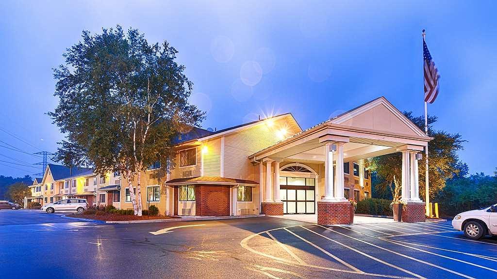 Best Western Plus The Inn at Sharon/Foxboro - Aussenansicht