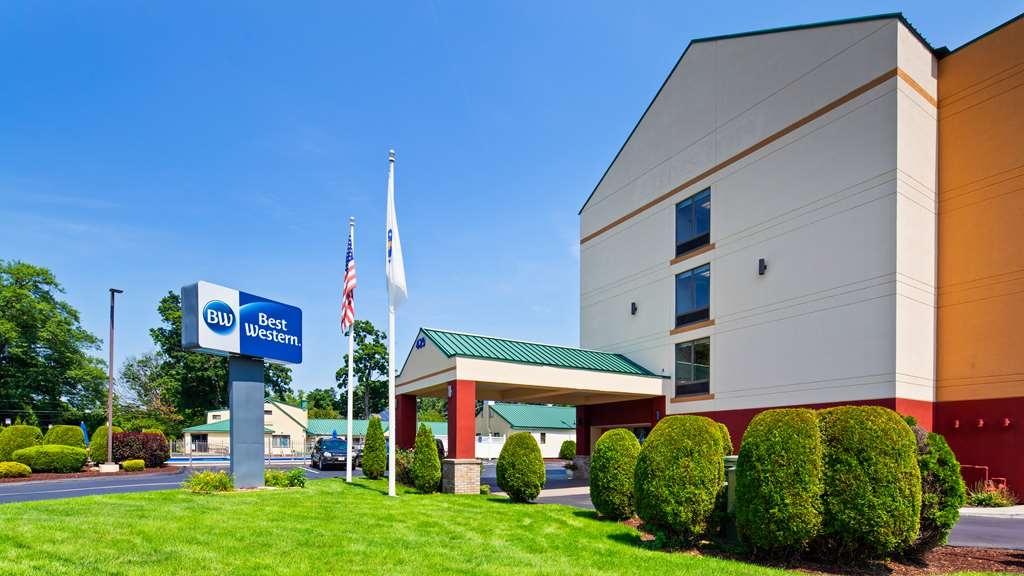 Best Western Springfield West Inn - Facciata dell'albergo