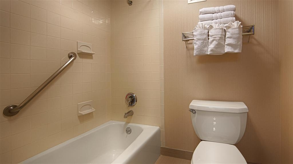 Best Western Springfield West Inn - We take pride in making everything spotless for your arrival.