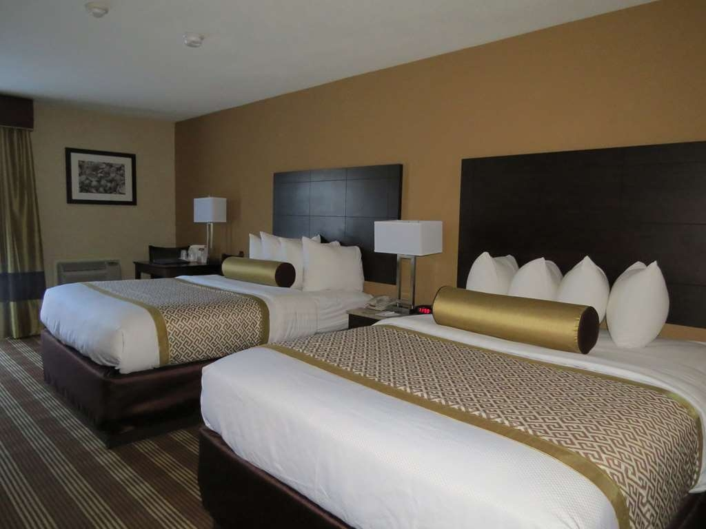 Best Western Cape Cod Hotel - Two Queen Bed Guest Room