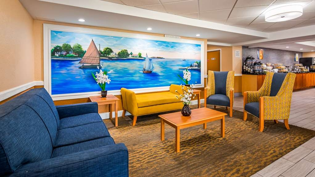 Best Western Cape Cod Hotel - Lobby Seating
