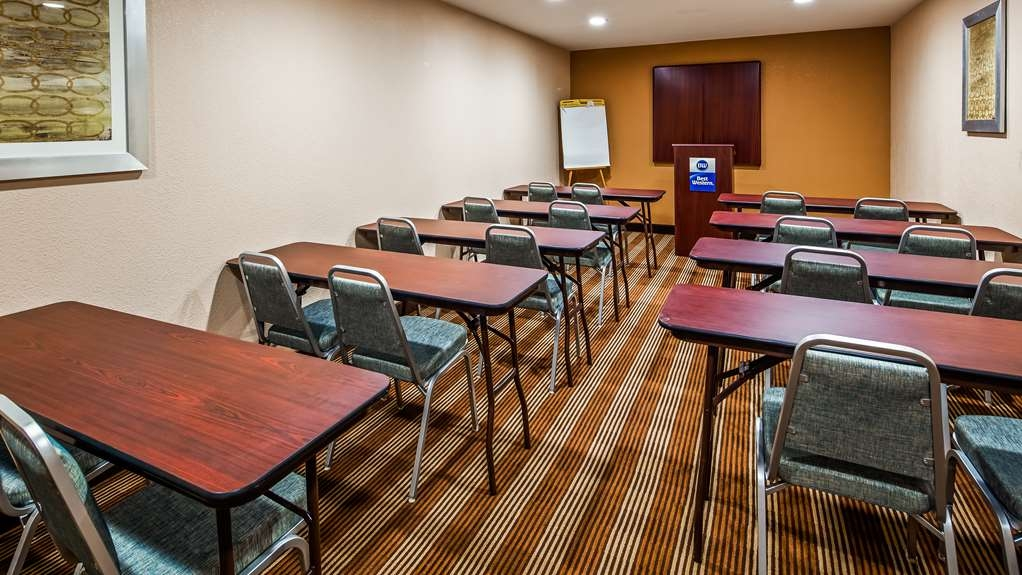 Best Western Cape Cod Hotel - Meeting Space
