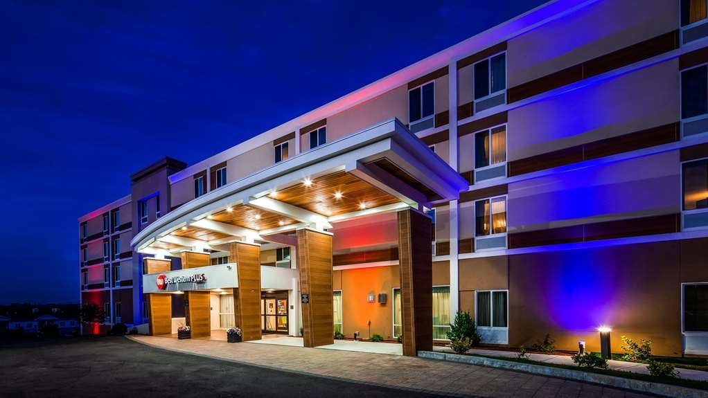Best Western Plus North Shore Hotel - Vista Exterior