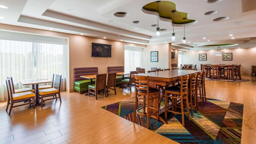 Best Western Plus North Shore Hotel - Restaurante/Comedor