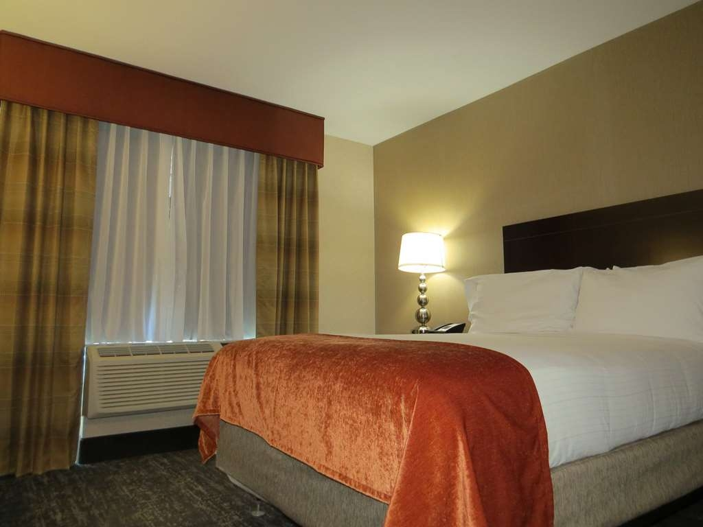 Best Western Braintree Inn - Accessible room