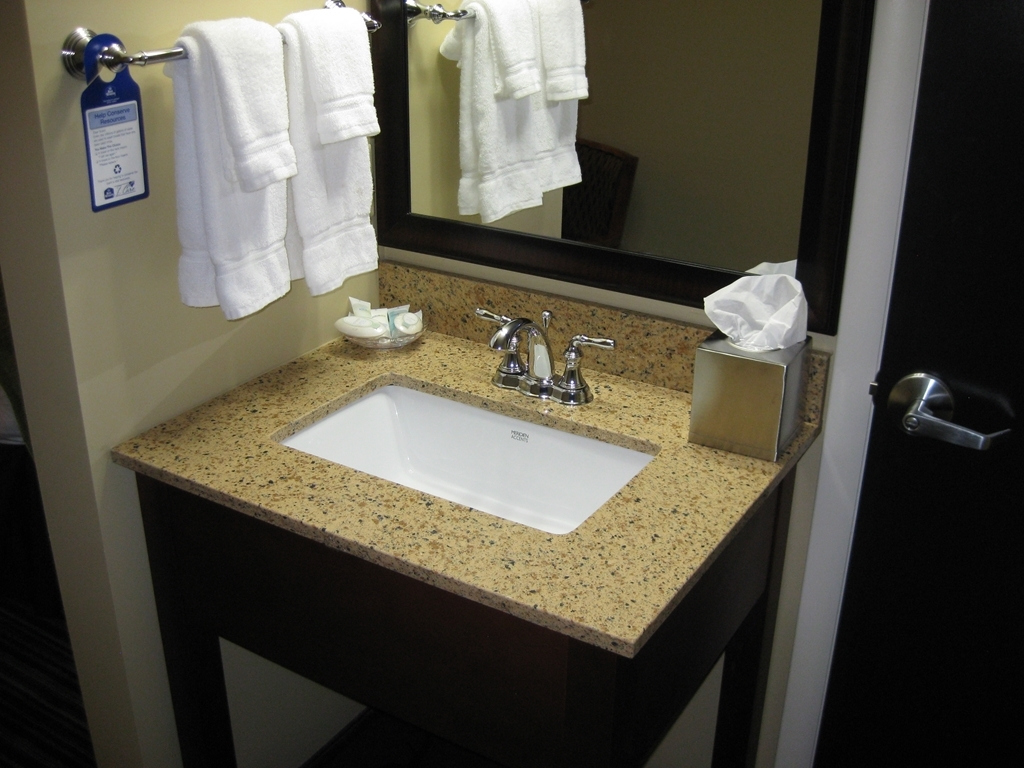 Best Western Plus Traverse City - guest room