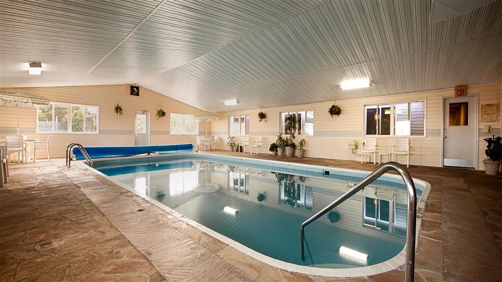 Best Western of Alpena - Vista de la piscina