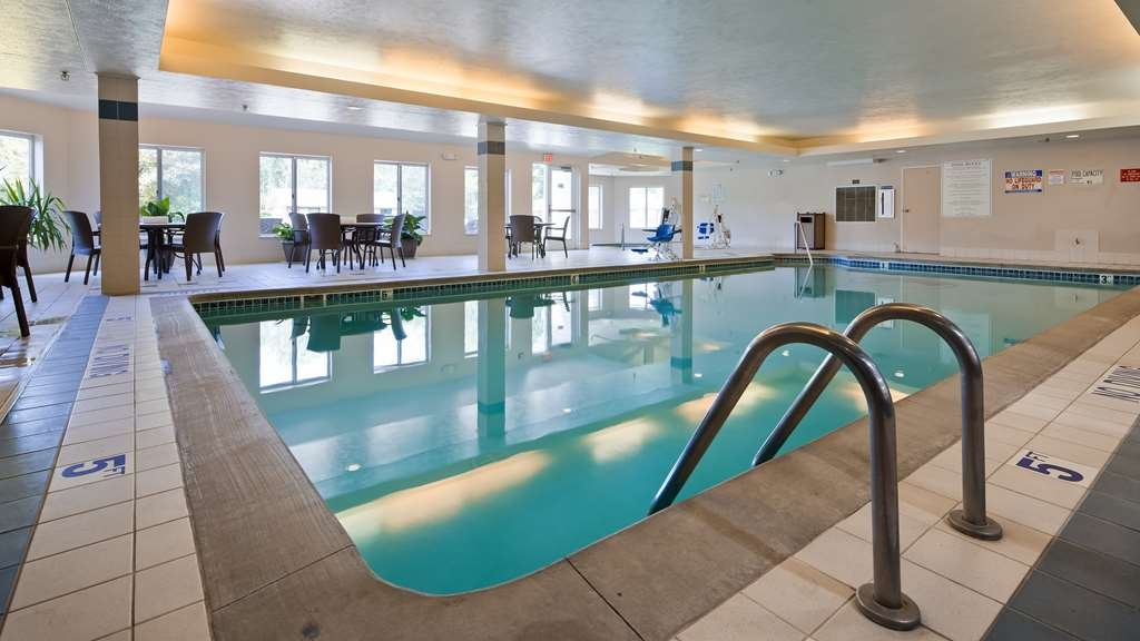 Best Western Beacon Inn - Piscina