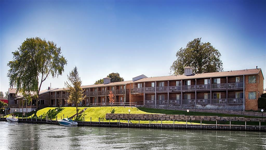 Best Western River Terrace - Vista exterior