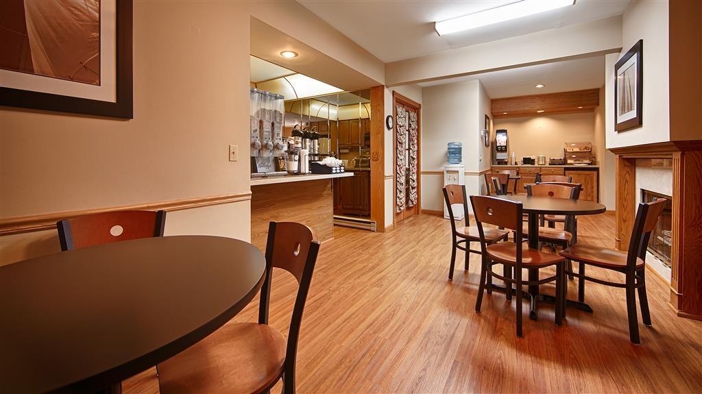 Best Western River Terrace - Breakfast Area