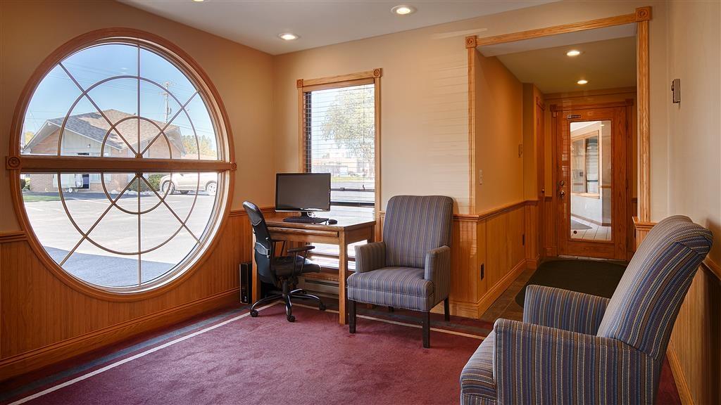 Best Western River Terrace - Business Center