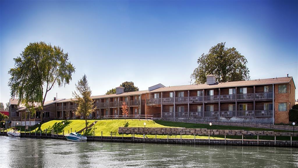 Best Western River Terrace - Außenansicht