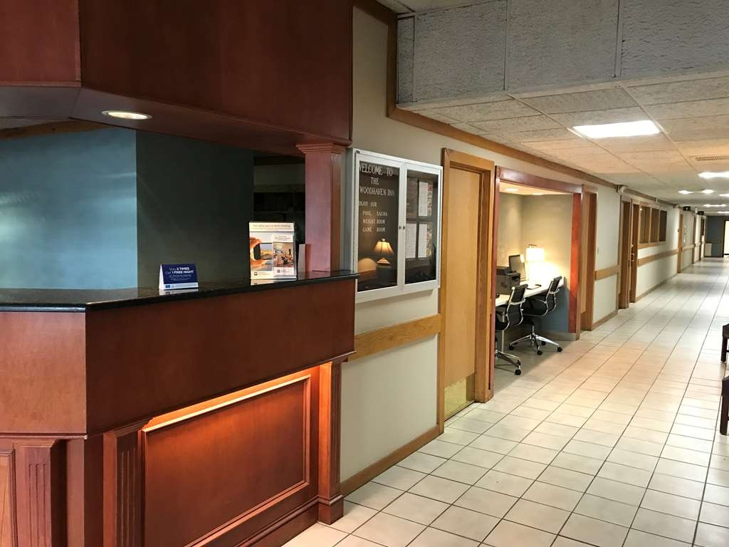 Best Western Woodhaven Inn - Vue du lobby