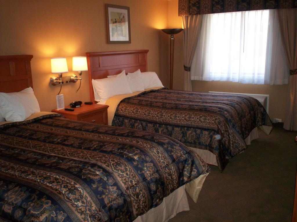 Best Western Lapeer Inn - Standard Double Queen Room