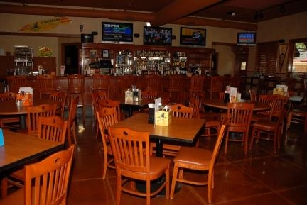 Best Western Lapeer Inn - Ted's Sports Pub & Grill
