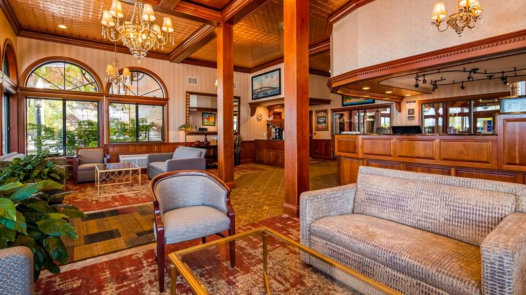 Best Western Plus Dockside Waterfront Inn - Vue du lobby