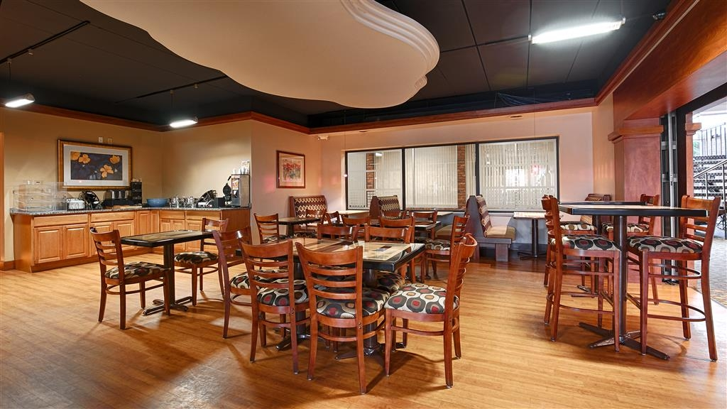 Best Western Valley Plaza Inn - Area colazione