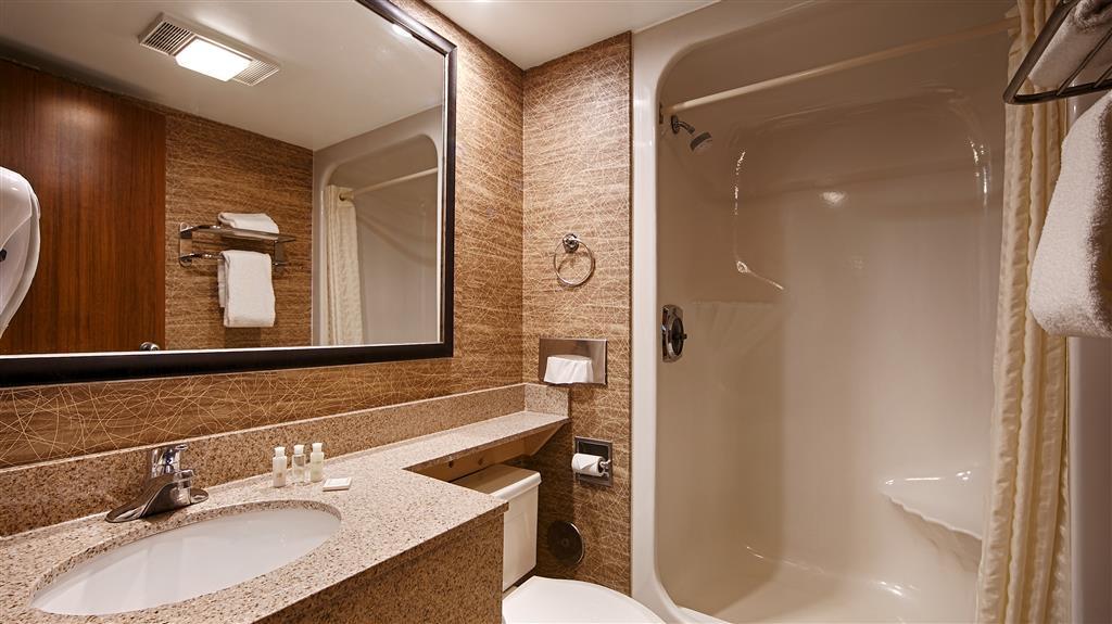 Best Western Detroit Livonia - Habitaciones/Alojamientos