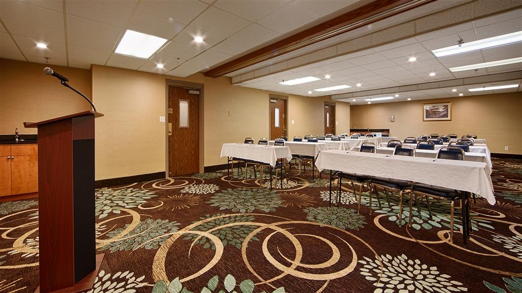 Best Western Detroit Livonia - Call us to find out how you can book your next meeting with us at the Best Western Detroit Livonia.