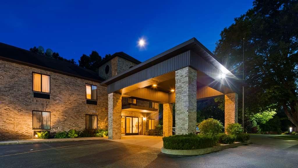 Best Western Plaza Hotel Saugatuck - Facciata dell'albergo