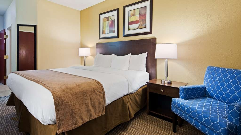 Best Western Port Huron Blue Water Bridge - Guest Room