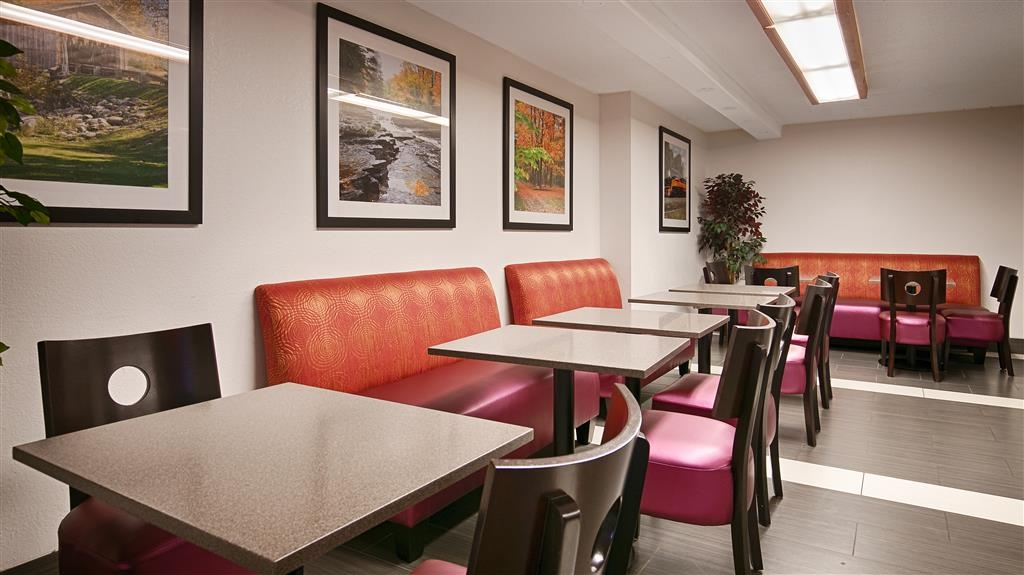 Best Western Executive Inn - Breakfast Area