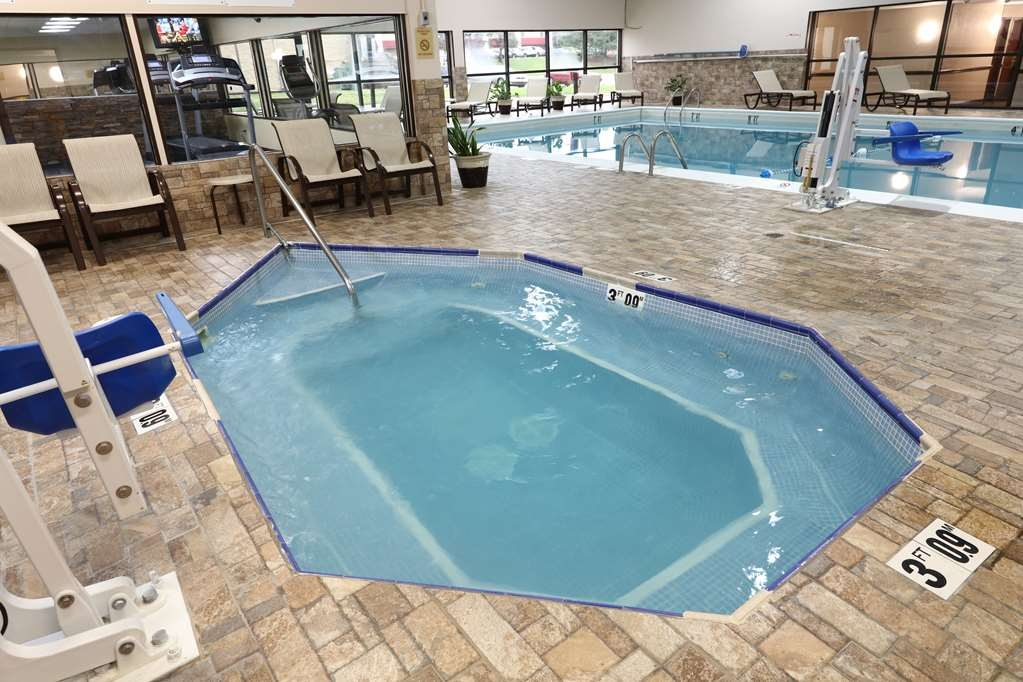 Best Western Hospitality Hotel & Suites - While here, be sure to take a drip in our hot tub.