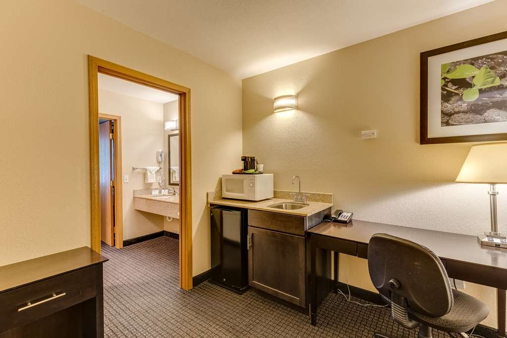 Best Western Lakewinds - Suite