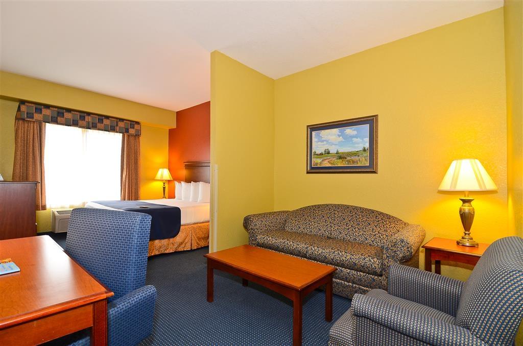 Best Western Executive Inn & Suites - Habitación estándar con cama de matrimonio extragrande