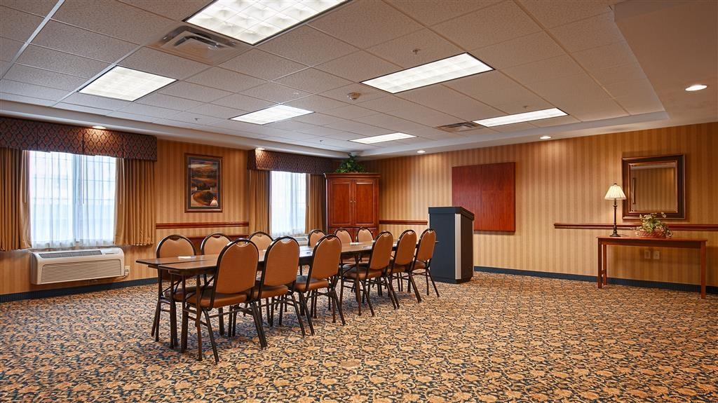 Best Western Executive Inn & Suites - Salle de réunion