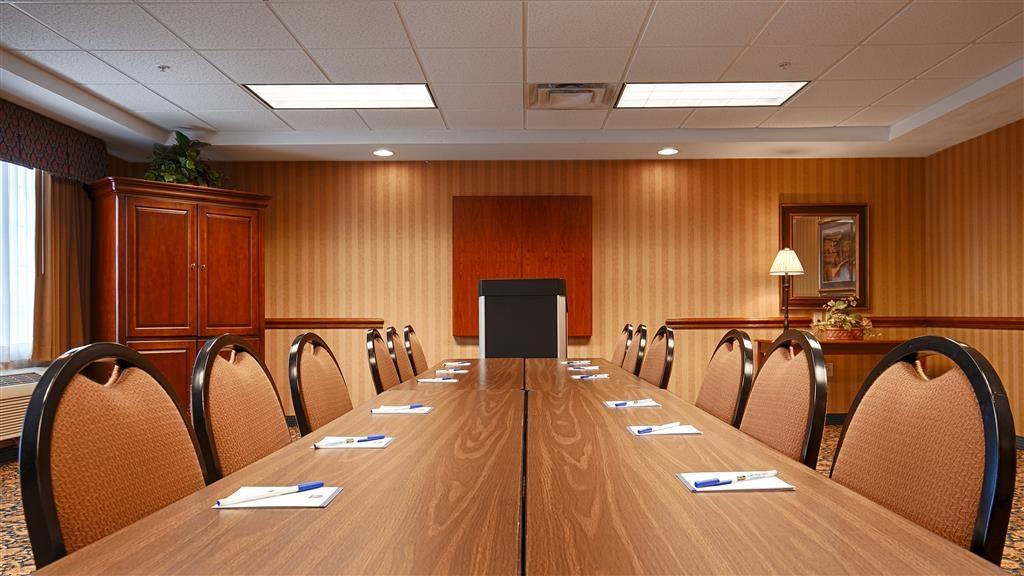 Best Western Executive Inn & Suites - Sala de reuniones