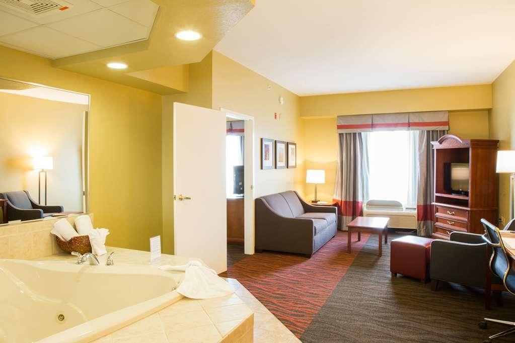 Best Western Executive Inn & Suites - Suite avec bain bouillonnant